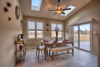 grande-homes-diningroom-0319-10